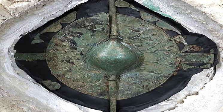 کشف سپر دو هزار ساله