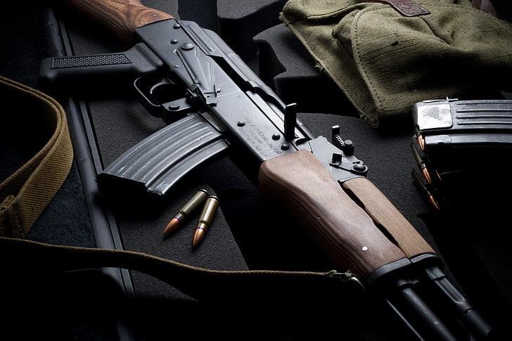 بازار سلاح دنیا حدود 100 میلیارد دلار است
