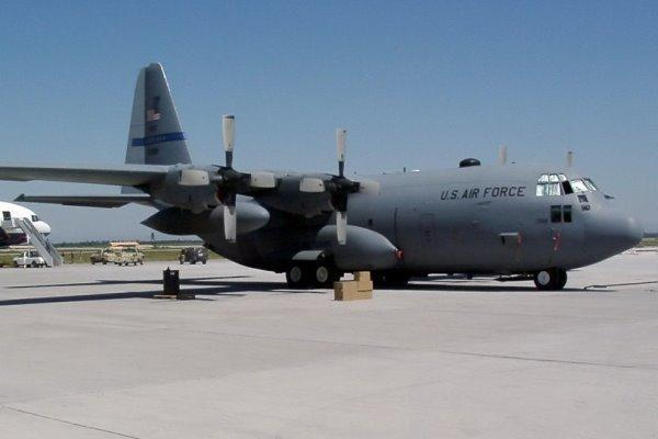ارسال 5 فروند هواپیمای نظامی آمریکا به خاورمیانه