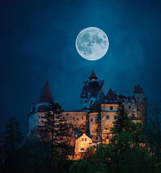 فیلم ، ترانسیلوانیا یا قلعه برن معروف به قلعه دراکولا کجاست؟
