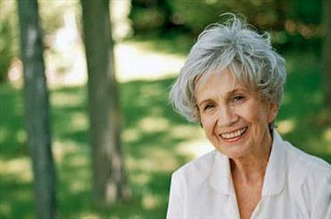 مونرو در ویکتوریا؛ جایزه نوبل ادبی در استکلهم، سیزدهمین زن نوبلیست در مراسم دریافت جایزه اش نبود