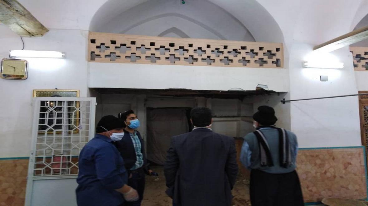 بازسازی مسجد 800 ساله تاریخی قهرود کاشان