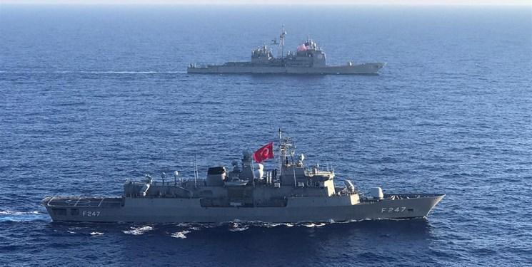 رزمایش نیروی دریایی آمریکا و ترکیه در مدیترانه