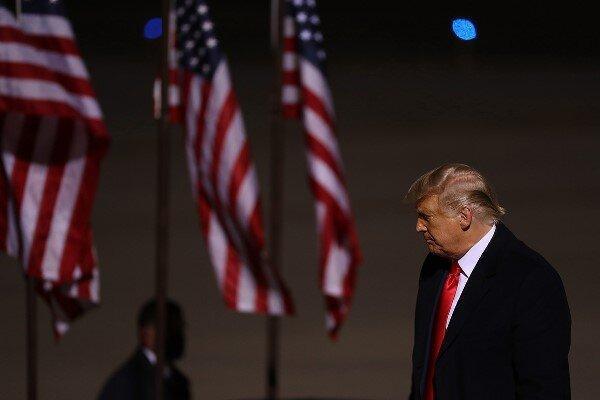 مدیر کارزار استیضاح ترامپ خواستار ادای شهادت تحت سوگند شد
