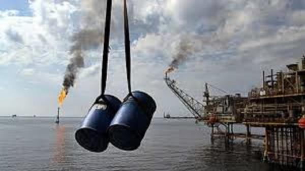 تقاضای جهانی نفت افزایش می یابد