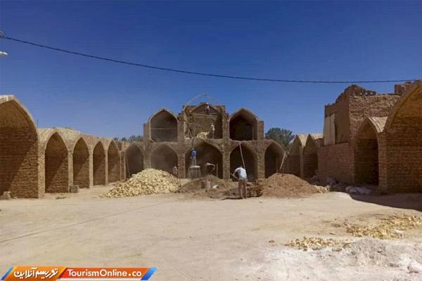 بازسازی حسینیه قلعه بهاباد شروع شد